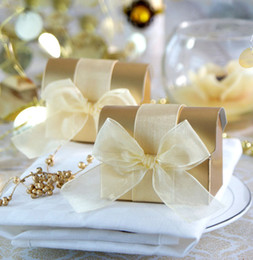 Wholesale Organza Gift Bows - FREE SHIPPING 100PCS Golden Treasure Chest Box Favors with Organza Ribbon Bow Candy Boxes Favors Holder Wedding Favours Event Gift Package