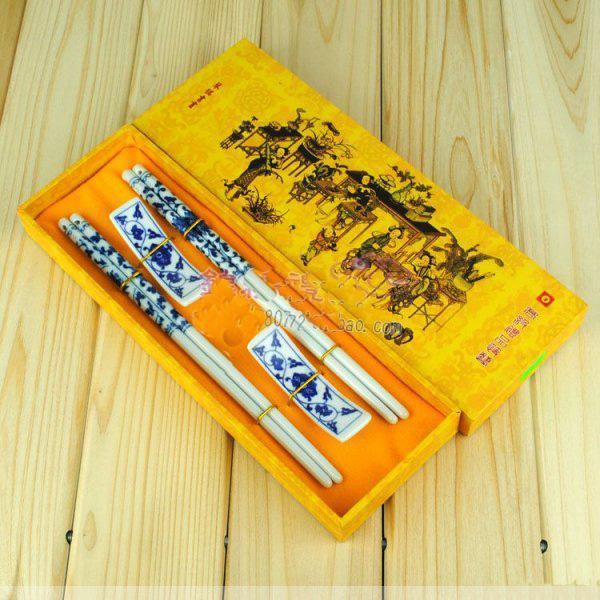 Palillos del arte de la cerámica Palillo del regalo de la impresión del estilo chino con la caja de embalaje 2 par / porción libremente