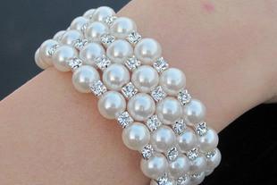 Moda biżuteria Pearl Bransoletka Cztery rzędy Otoczonej Regulowanej Diamond Pearl Bransoletka 5 sztuk