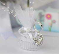 Wholesale Silver Swan Favors - Free Shipping!100pcs lot, Romantic and beautiful Swan favor boxes, swan candy boxes,wedding favors Swan boxes