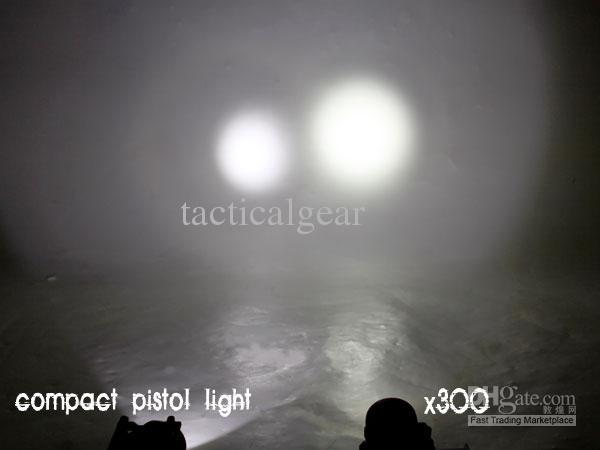 10 stks / partij - NcStar Tacitcal Pistol LED Zaklamp W / Quick Release Mount