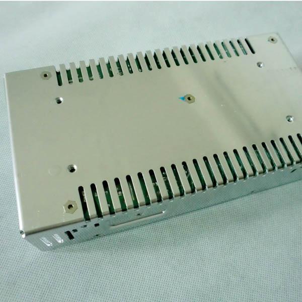 1 stuk Beste niet-waterdichte aluminium schaal Real 12V 25A 300W LED-schakelende voeding voor LED-striplichten LED-modules