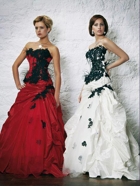 Ball Gown Wedding Dress with Black Accents_Black Dresses_dressesss