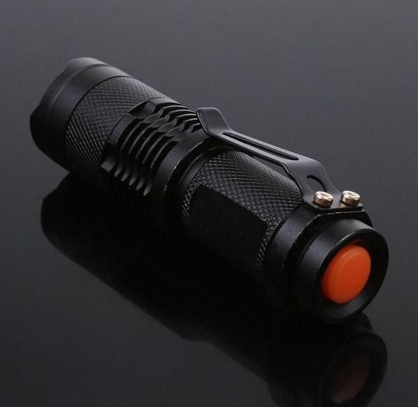 無料のDHL、100ピースミニLEDトーチ7W 300LMクリーQ5 LED懐中電灯調節可能なフォーカスズームライトランプ