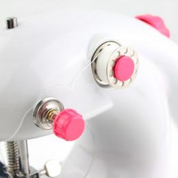 Миниый домашний портативный настольные батарейках швейная машина мини швейная машина от Поставщики энергетическая обувь