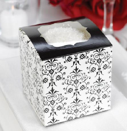 ¡Envío gratis! 50 unids / lote! Ventas calientes que casan las cajas de la magdalena 9x9 con el modelo afiligranado, cajas de los favores de la boda