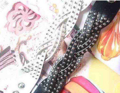 Regali di Natale Vintage rivetto intrecciato in pelle braccialetti regolabile moda donna cool multicolore 50 pezzi