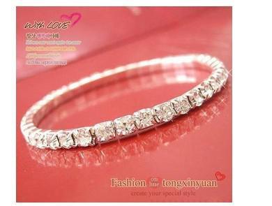 Один ряд яркий серебряный простой Алмаз бурения небольшой штраф красного дерева широкий стрейч конфеты браслет серебряный браслет
