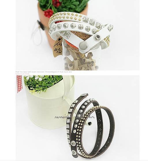 Hot Selling beautiful Irregular cortical layers varied rivet bracelet Leather belt With Rivets Snaps Bracelet