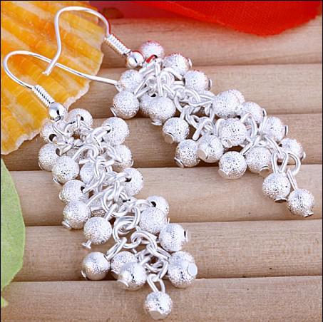Best-selling 925 zilver frosted druif oorbellen mode-sieraden geschenken gratis verzending 10 paren / partij