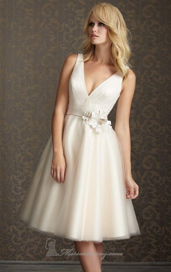 Ivory Short Wedding Dresses Ball Gown V Neck Knee Length Taffeta ...