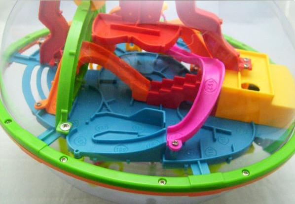 free shpping Perplexus Maze Game toy toys Magic -208 intelligence off the ball, football shape