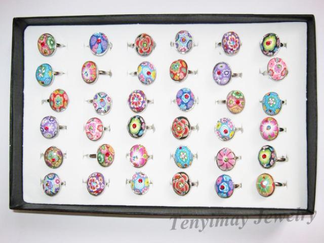 Anillos de arcilla polimérica Bohemia multicolor mezcla mucho redondo, cuadrado, oval, anillos ajustables de flores