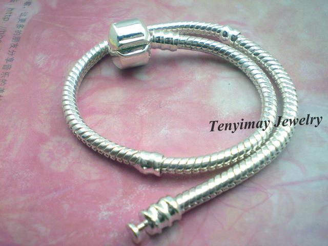 Mode 20 stks / partij Verzilverd Snake Chain Charms Armbanden voor DIY Gratis verzending