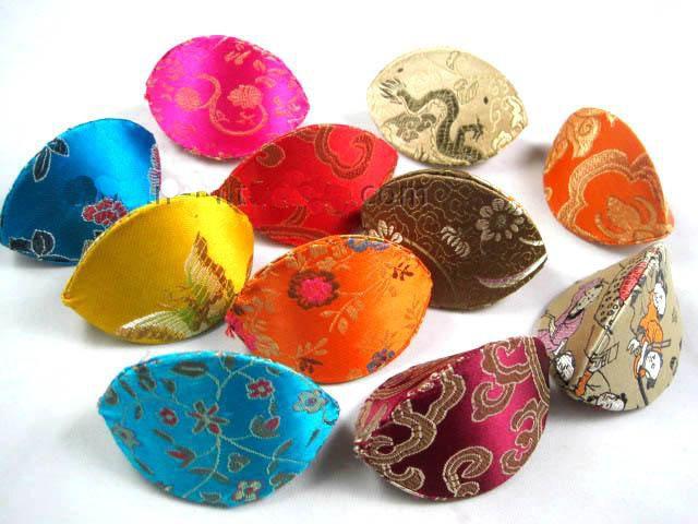 Tanie Cute Floral Małe Biżuteria Pudełko Handmade Ring Storage Case Silk Satin Tkaniny Kartonowe Pudełka Opakowania 200 sztuk / partia