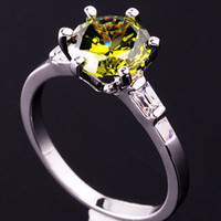Wholesale Lady Ring Green Stone - Round Green Peridot Slim Band Lady Cocktail Ring Gems Size 6 Silver Tone GF New J0414