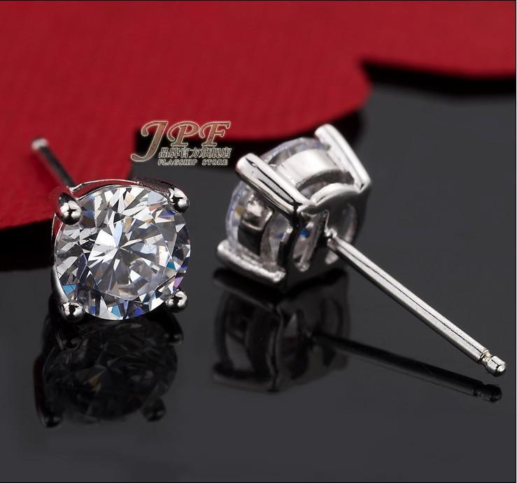 Grote Zwitserse Diamond Stud Oorbellen Vintage Stijl 925 Sterling Zilveren Sieraden Voor Vrouwen Vier Klauw Mode Diamant Stud Oorbellen Gratis Verzending