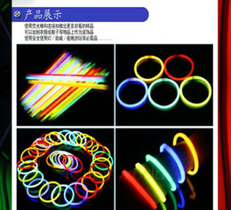 Wholesale Glow Fluorescent Light Sticks Bracelets - New 20CM Light Sticks Fluorescent Bracelets Luminous Glow Stick Toys come with Connector