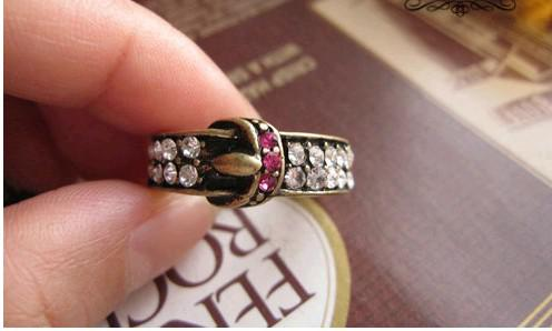 Fashion Jewelry Women's Rings Girl Rings New Restore Ancient Ways Strap Set Auger Ring