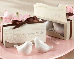 50pcs lot=25boxes Unique Wedding Gift of Love birds ceramic salt and pepper shakers Wedding favors and Love Party Favors on Sale