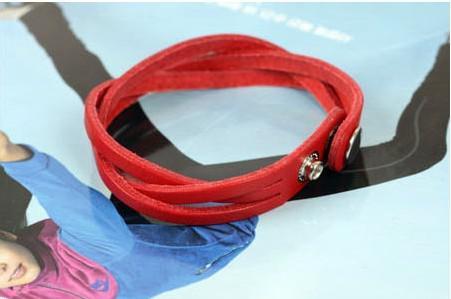 Toptan -Unisex Bilezikler 50 adet / grup deri dize Kadınlar Için Manşet bilezik charm bilezik takı wrap bilezik