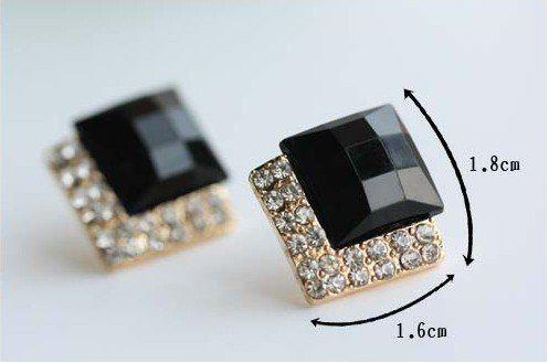 Nowy Klasyczny Vintage Luksusowe Czarne Szbudzkie Kolczyki Moda Symulowane Diamond Ear Stud Damskie
