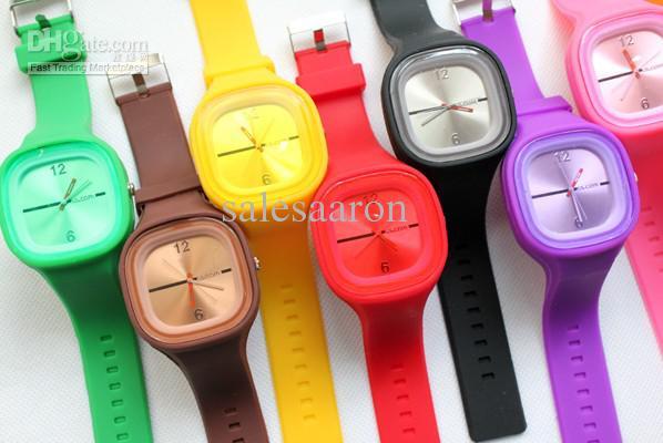 ea0e332e6681 Compre   Encantadora De Alta Calidad Muñeca De Silicona Jelly SS.COM Relojes  Cuadrados Reloj Más Barato Mix A  1.35 Del Salesaaron