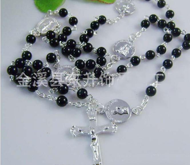 Collier de perles de chapelet noir ton argent Perlà Cross 28