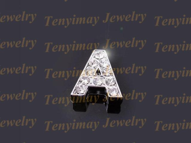 Las cuentas del alfabeto europeo se ajustan a la pulsera de la correa de cuero, las cuentas mezcladas del encanto de la aleación de cristal caben DIY