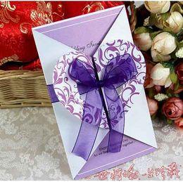 Invitación púrpura del corazón Tarjeta de la invitación de la boda 100pcs / Lot FFF desde fabricantes