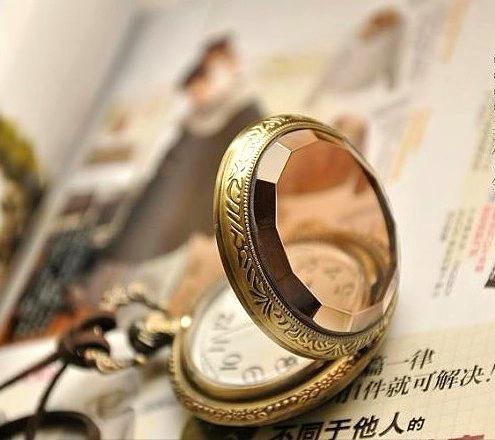 Halskette Taschenuhr TASCHENUHREN HALSKETTE Europa und Dunkelbraun Kleine Gesicht Taschenuhr Halskette