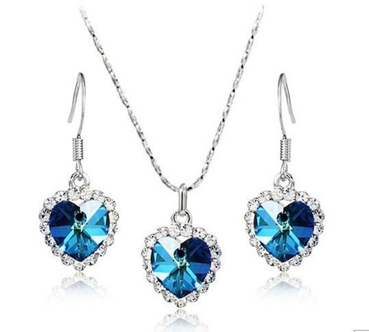 Sapphire / Ruby Wisiorek Naszyjnik Charms Kryształowy Serce Naszyjnik Oceanu Dla Kobiet Pełna Rhinestone Wisiorek Naszyjnik