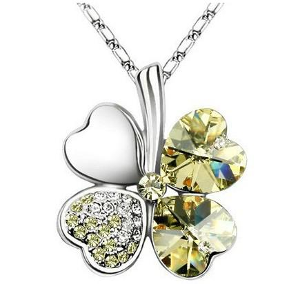 Hotsale !free shipping Four Leaf Clover Crystal Rhinestone Pendant Necklace White silver Plated