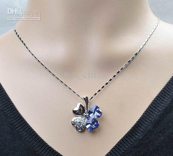 HotSale! Gratis frakt Fyra bladklöver kristall rhinestone hänge halsband vit silverpläterad