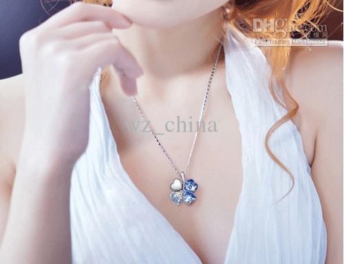 Lady Girl Fashion Imitación Crystal Four Leaf Clover Colgante Collar Regalo trébol afortunado