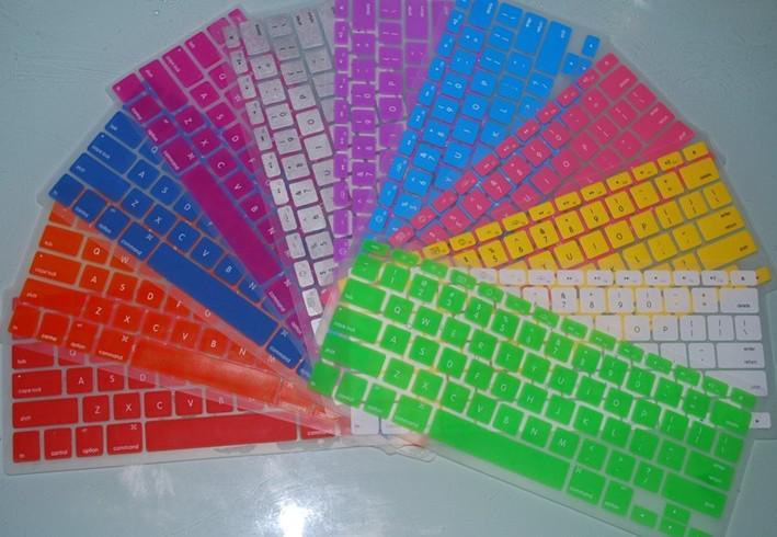MacBookのためのノートパソコンのシリコーンのキーボードケースプロテクターカバー10ピース/ロット