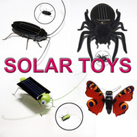 2set (8pcs) kit de juguete de energía solar Green Green Grasshopper spider Cockroach Mixed set gifts