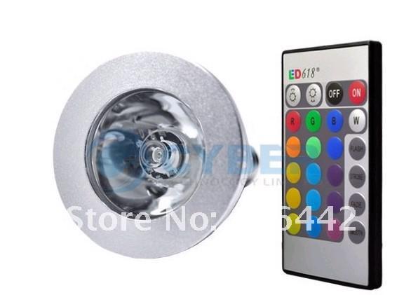 高品質送料無料3W E14 / E27 / MR16 / GU10 RGBリモートコントロールLED電球ランプ16カラースポットライト