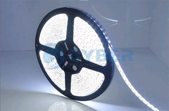 5M 3528 SMD LEDストリップクールホワイトホワイトホワイトブルーレッドイエローグリーンフレキシブル非ウォータープルーフ600 LEDスーパーブライト