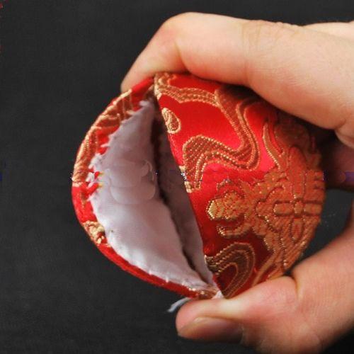 Cute Günstige Mini Shell Shaped Schmuck Fall Einzigartige Rustic Ring Geschenkbox Chinesische Seide Brokat Pappe Verpackung Boxen Münze Aufbewahrungskoffer 10er