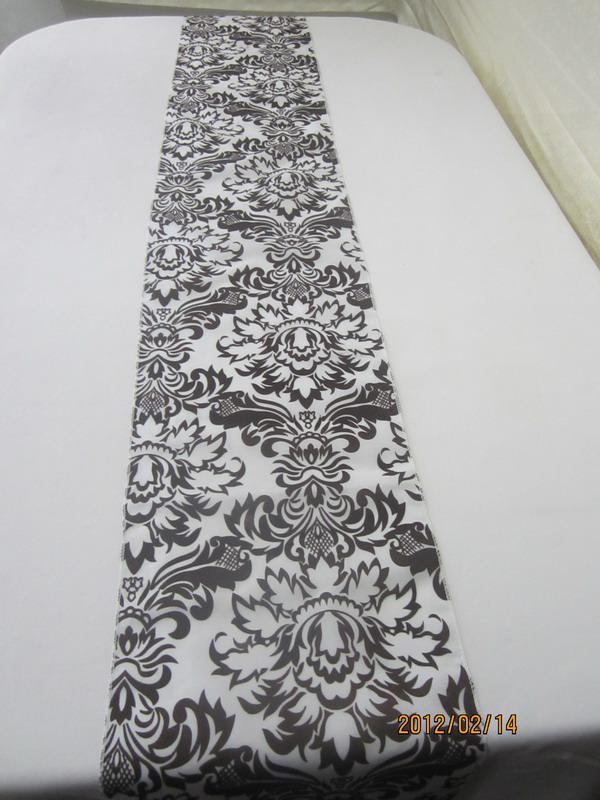Beautiful Wedding Table Runner Damask Flocking Black And White Runner One  Piece Silver Table Runner Silver Table Runners From Quality1st, $4.93|  Dhgate.Com