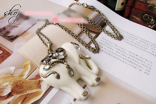 Vintage mode vit elefant lång halsband tröja kedja med simulerade diamant nya 30pcs / parti