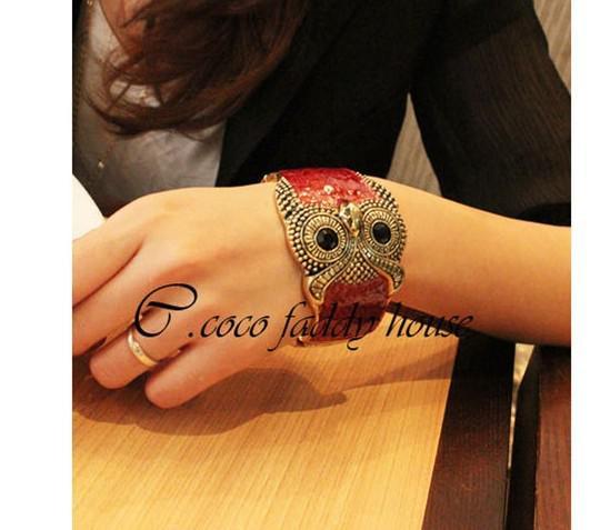 Kvinnors Tillbehör Kvinnors Smycken Armband Mix Build Blandning för att återställa gamla sätt droppar glasyruggla