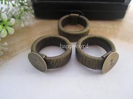 Deutschland HEISSER VERKAUF Versenkbarer Ring Blanks Schmuck Ringe Pad 12mm, Silber und Bronze Farbe 50pieces / lot Versorgung