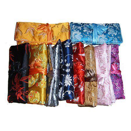 パーソナライズされたジュエリーロールアップトラベルバッグ収納ケースギフトバッグ中国のシルクファブリックジッパー巾着レディースメイクアップ化粧品ポーチ卸売