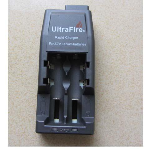 100PCS عالمي شاحن UltraFire WF-139 شاحن سريع ل 18650 3.7V بطارية ليثيوم قابلة للشحن