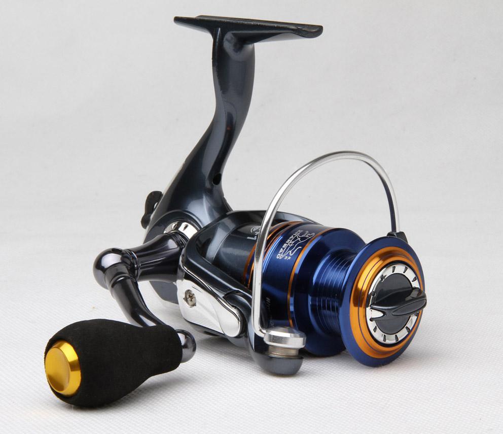 Vissen Reel Fishing Tackle Spinner Lure Casting Reel 4 + 1BB Fishing Reel / Mirror Painting, Soft Rubberen Handvat