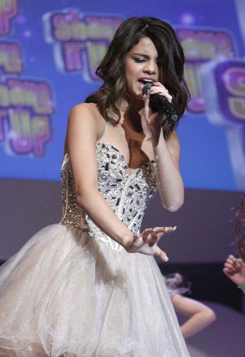 Selena Gomez Favorite Clothing Store