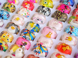 Wholesale 16mm Cartoon - Rings Jewelry 50pcs Heart Colorful Cartoon Resin Ring Jewelry Children kid jewelry 13-16mm