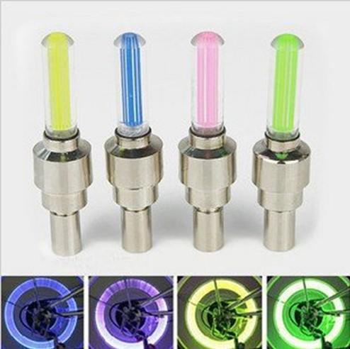 / Novelty LED Flash däck hjulventil lock ljus för bil cykel motorcykelhjul